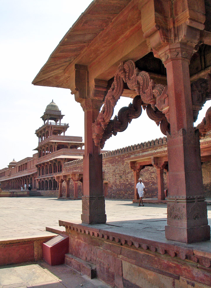 Exclusive golden triangle golden triangle tour golde for Agra fine indian cuisine king street
